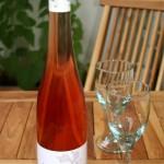 Der Biowein Rosé bietet mit 6 Euro ein ausgezeichnetes Preis-Leistungesverhältnis.