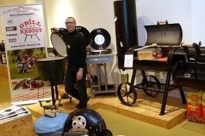 Carsten Moritz, Inhaber des ersten Grillfachhandels in Sachsen in der Centrum Galerie Dresden.