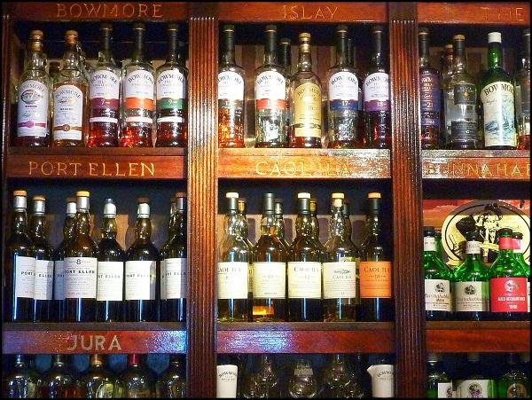 Whiskybar im Lochside Hotel | Livona – Der Bio-Blog