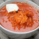 eine Schale Sauerkrautsuppe