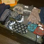 Taschen und Handschuhe von Globe Hope