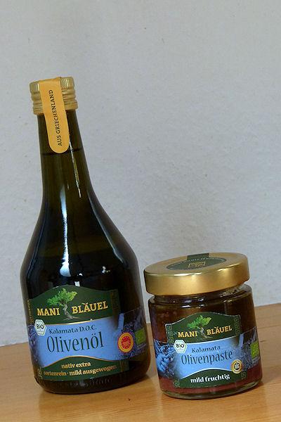 Bio-Olivenöl und -Pasteaus griechenland im Glas
