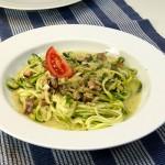 Teller Zucchini Spaghetti alla Carbonara