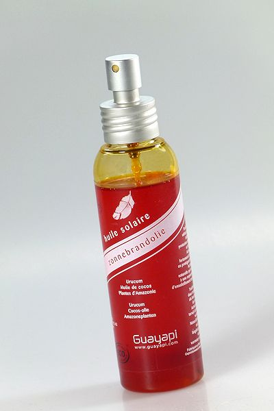 Natürlicher Sonnenschutz von Guayapi in Flasche