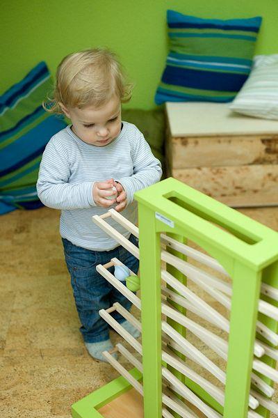Die Kugelbahn von Naturehome - ein ökologisches Holzspielzeug