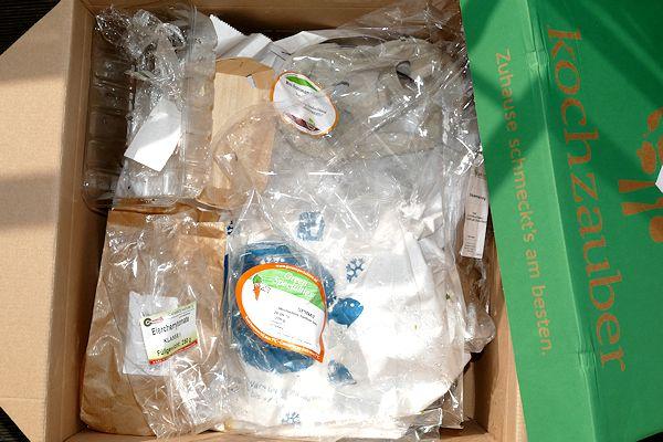 Kochzauberbox mit leeren Verpackungen