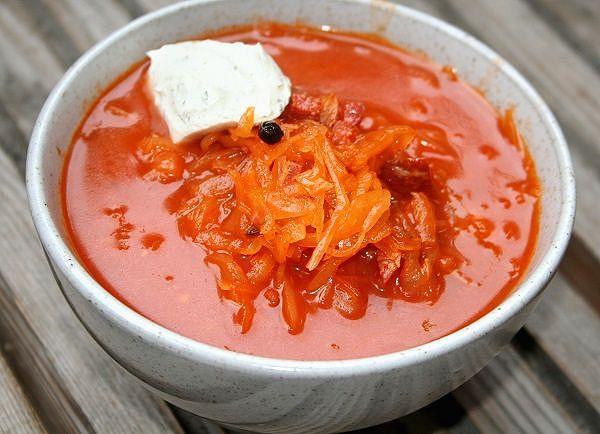 Russische Sauerkrautsuppe
