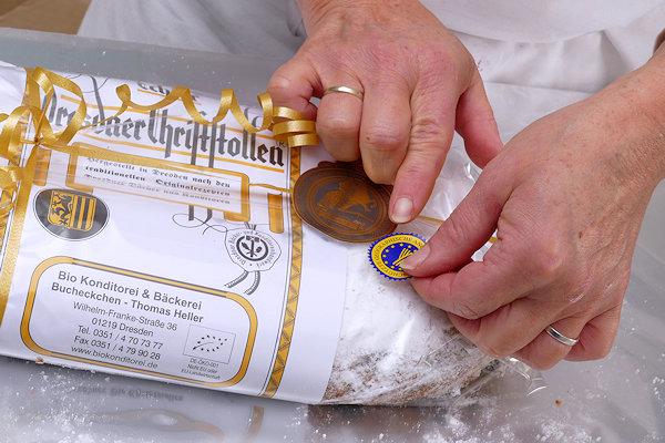 Dresdner Christstollen mit Stollensiegel