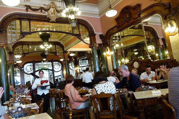 Kaffeehaus in Porto