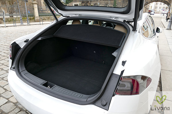 Tesla S Kofferraum