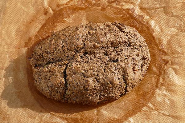 Paleo-Brot frisch gebacken