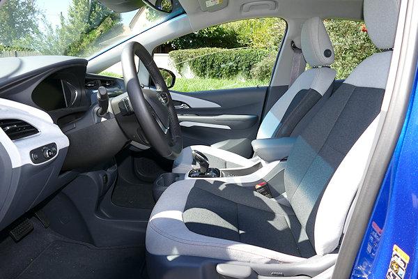 Opel Ampera-E Sitze vorn