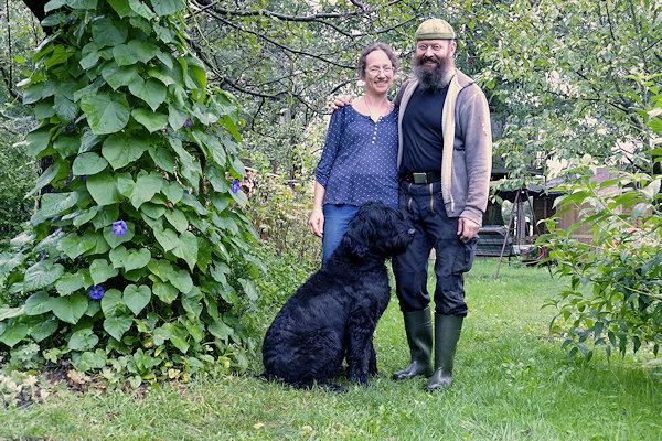 Peggy und Michael Hammer mit Hund