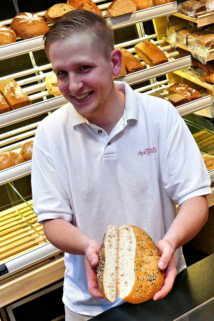Erik Spiegelhauer im Laden