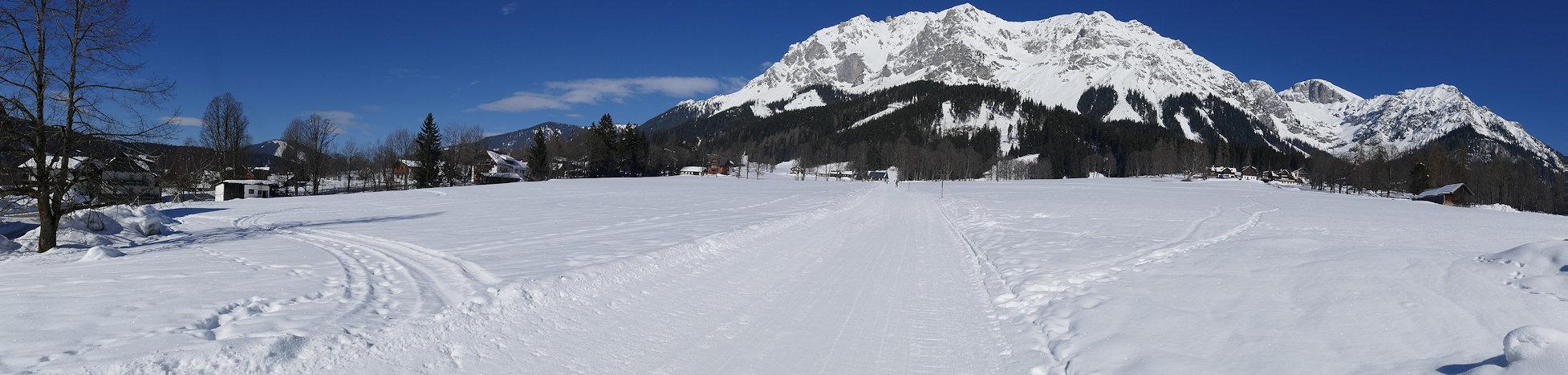 Raumsau am Dachstein Bergpanorama