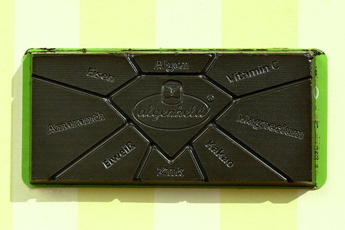 Bio-Algenschokolade Tafel ausgepackt